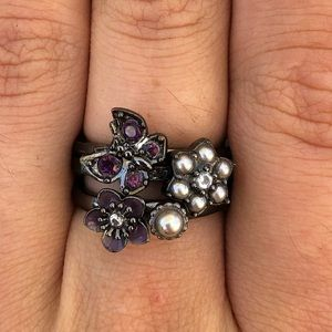 Purple ring set Juicy Couture